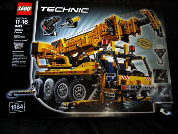 8421 - Mobile Crane