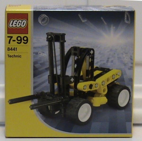 8441 - Forklift Truck