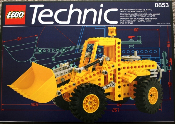 8853 - Excavator