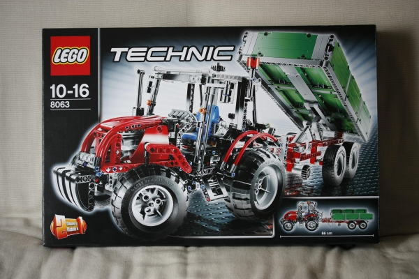 8063 - Tractor with Trailer