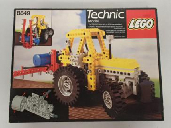 8849 - Tractor