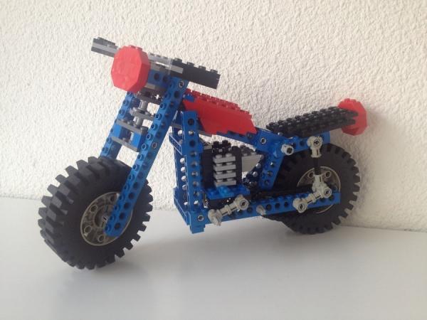 B-model 3 wheel motorcycle